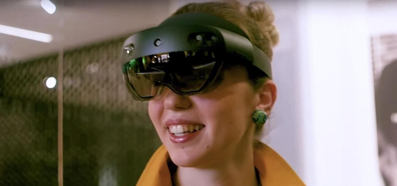 Microsoft Exec Confirms HoloLens 2 Set to Ship in September
