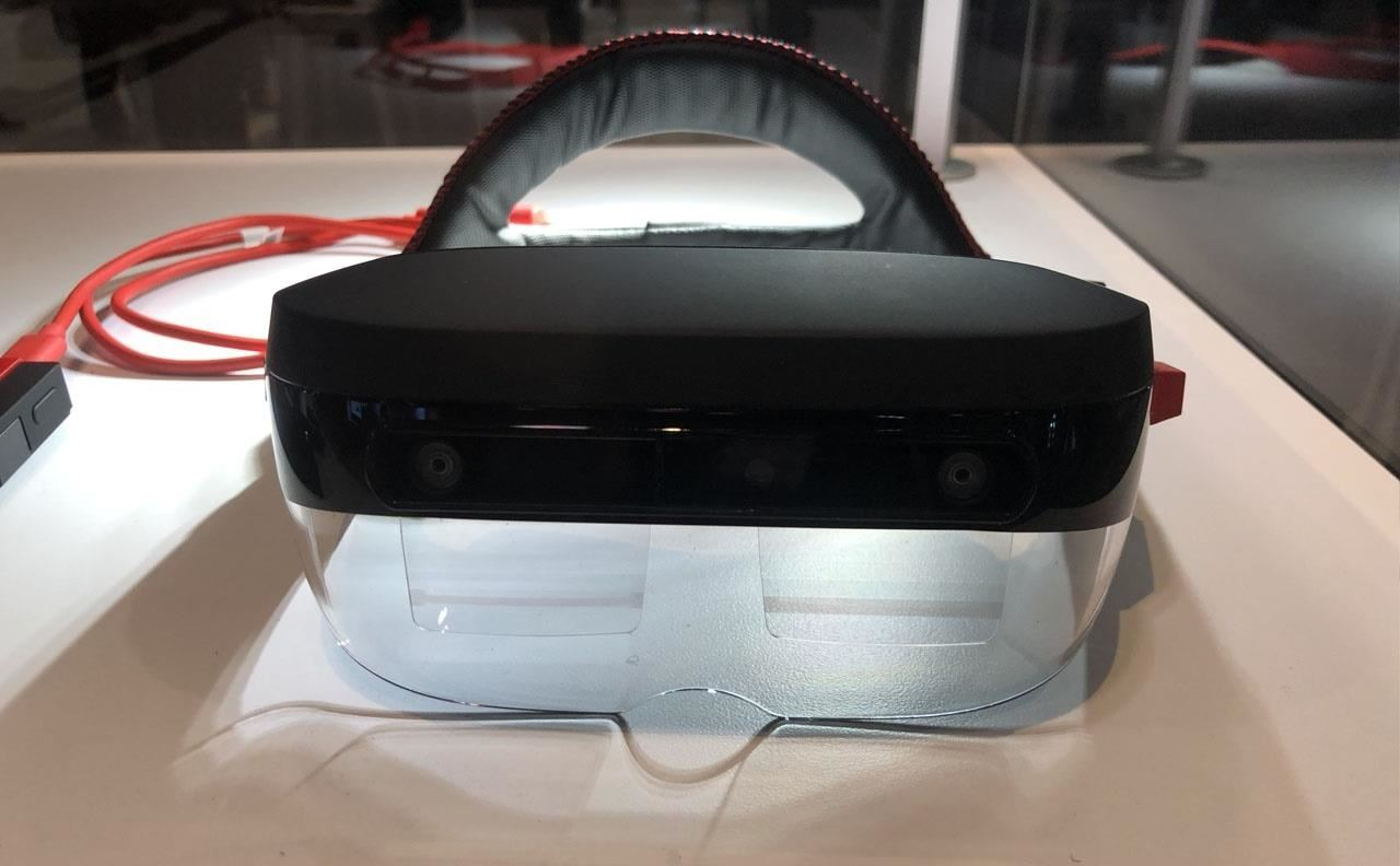Lenovo's ThinkReality A6, a disappointing step back from the cutting edge of augmented reality