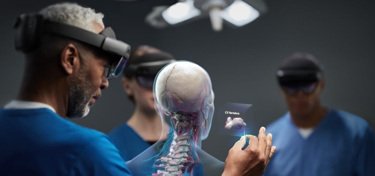 Hands-On: Hands-On with the HoloLens 2, the New Best Augmented Reality Experience You Can Get