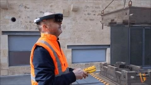 New Training Simulation Concept Enables Safe Crane Operation Through HoloLens