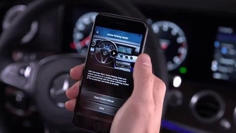 Mercedes-Benz Gives the Auto Manual a Virtual Boost with Augmented Reality
