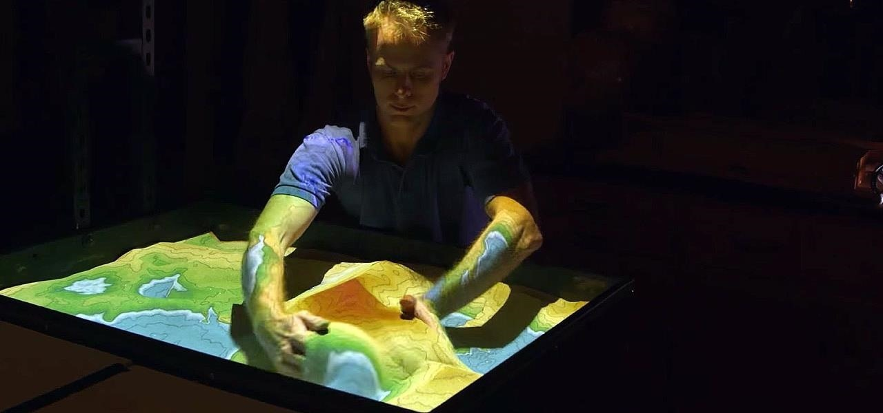 Watch Mountains & Rivers Come to Life with This Sand-Based Map