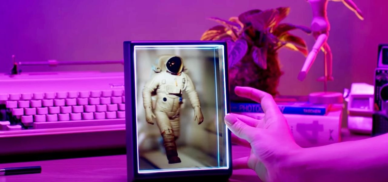 Looking Glass Factory Reveals 3D Conversion Platform That Can Turn Any Photo into a Hologram