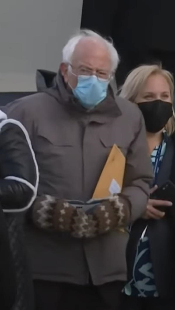 Bernie Sanders Presidential Inauguration Freezing Moment Spawns Meme-Worthy Snapchat Lens