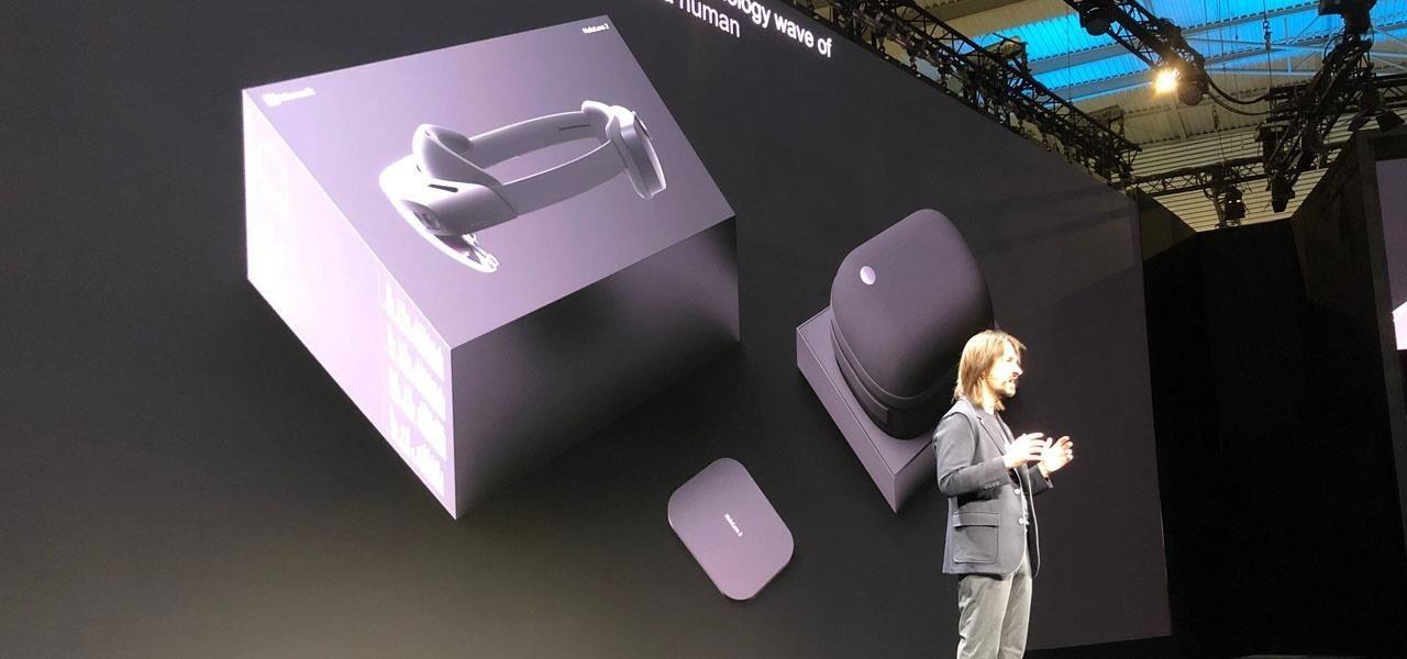 Microsoft presents HoloLens 2