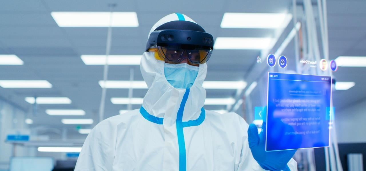 Microsoft Debuts HoloLens 2 Industrial Edition for Pharmaceutical & Semiconductor Enterprise Users