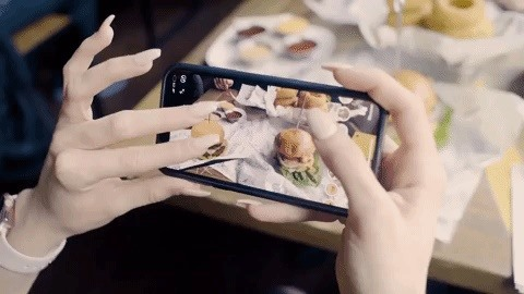 Bareburger's Recipe for Future Menus Includes a Heaping Portion of Augmented Reality via Snapchat