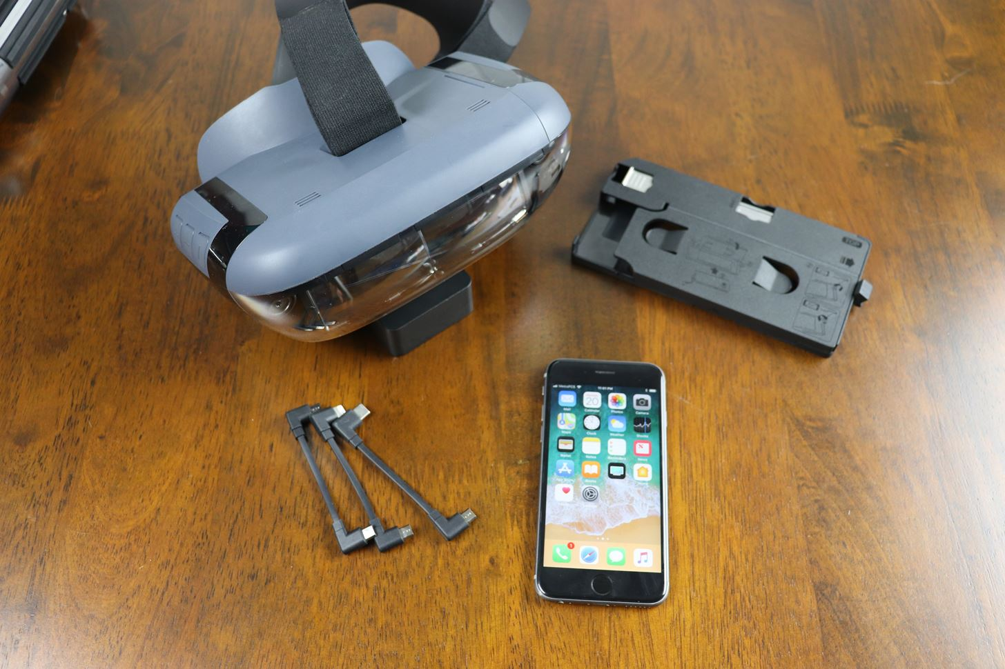 How to Set Up Your Phone with the Lenovo Mirage AR Headset for 'Star Wars: Jedi Challenges'