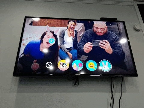 Hands-On: Facebook pioneers Augmented Reality for the TV with newest portal hardware