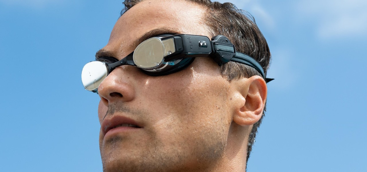 Hands-On: Form Smart Swim Goggles Hit the Mark for Aquatics Athletes