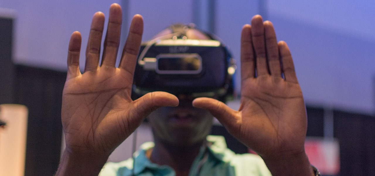 This Accessory Lets You Control Almost Any VR Headset with Gestures