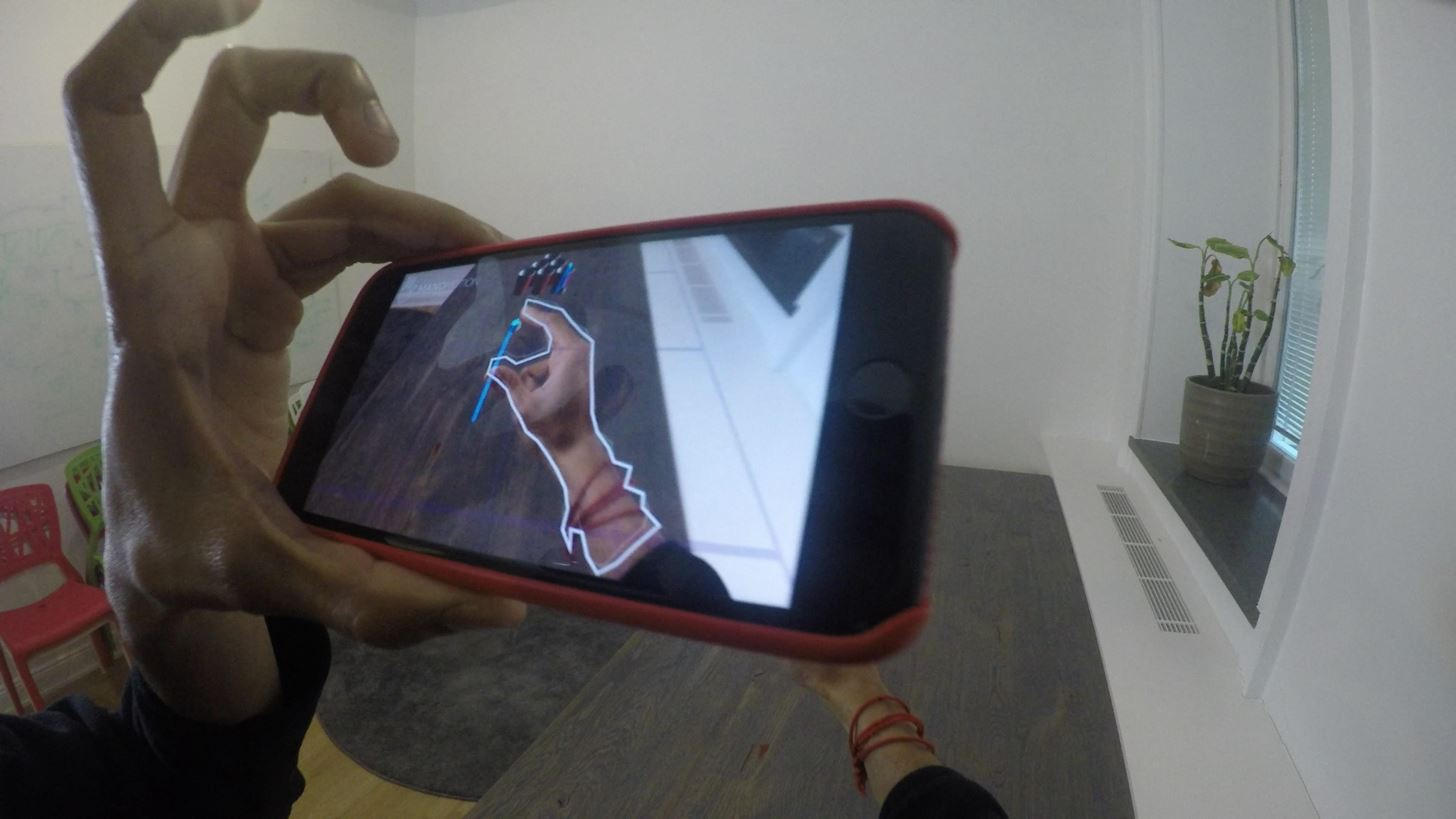ManoMotion Updates Its Hand Tracking SDK for Smartphones with Skeleton Tracking