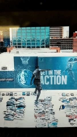 ESPN, Fox Sports, & NBA's Clippers & Mavericks draw augmented reality to win fans