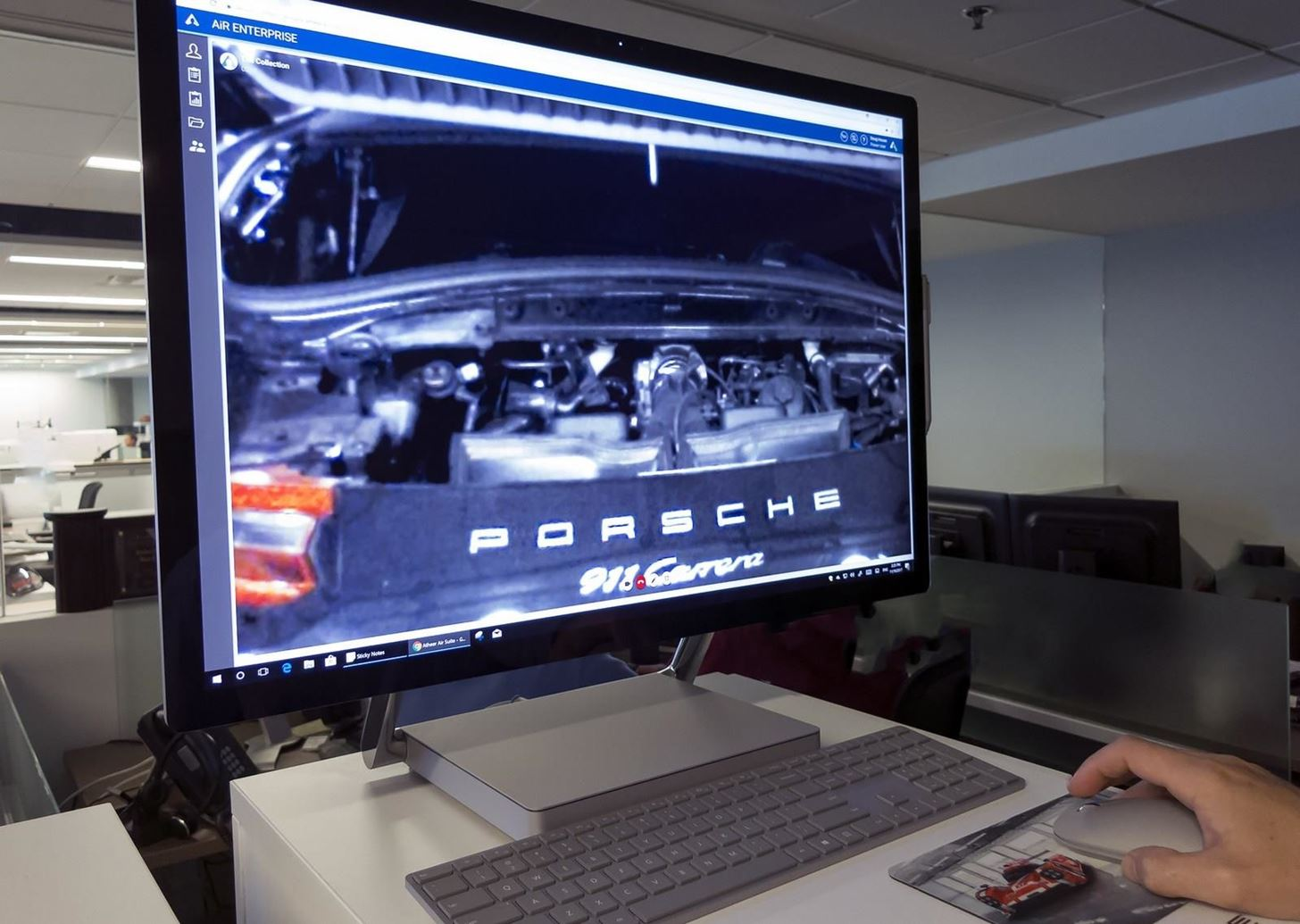 Porsche Adopts Atheer's AR Platform to Connect Mechanics with Remote Experts