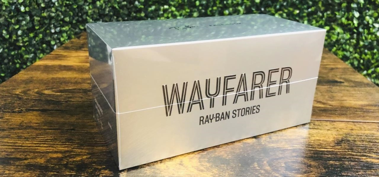 Facebook and Ray-Ban Stories Smartglasses Unboxing