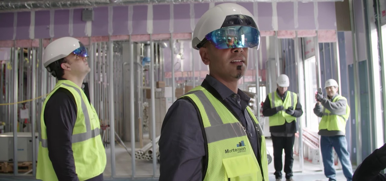Trimble Brings Mixed Reality to the Construction Site with DAQRI Smart Helmet