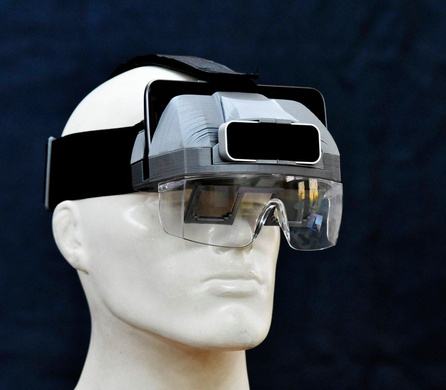 HeadsupAR Turns Smartphones into Mixed Reality Headsets