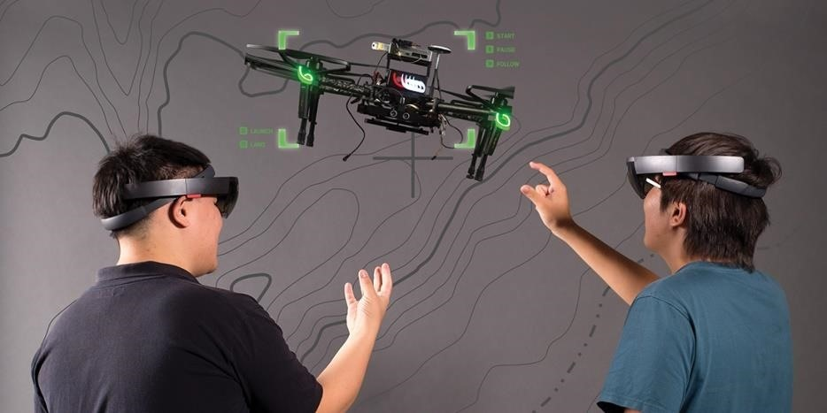 UC Berkeley Team Commands Drone Fleet with HoloLens