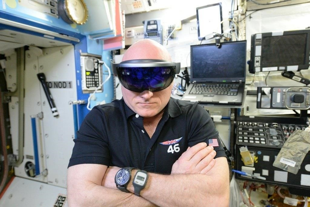 European Space Agency Wants to Bring Their Own HoloLens Tools to the ISS