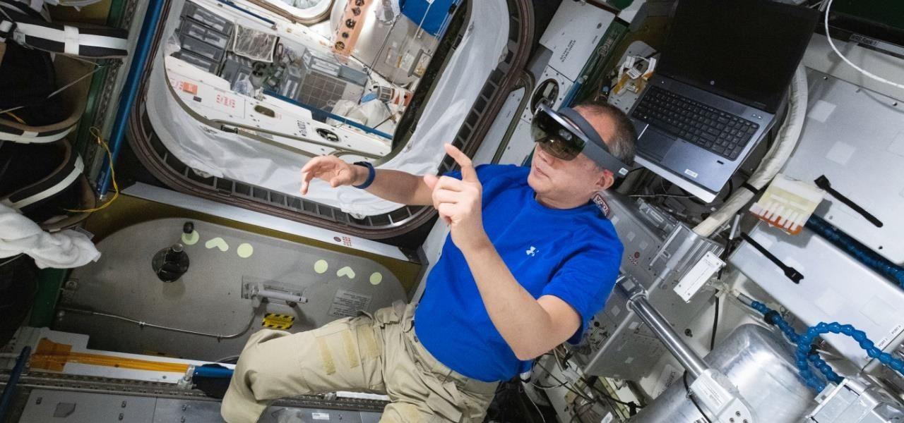 NASA Integrates Microsoft HoloLens into Regular Maintenance Operations on International Space Station