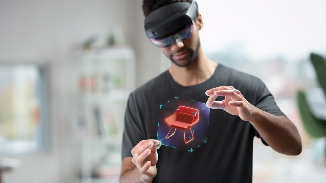 Microsoft Discontinuing Major OS Updates for HoloLens 1