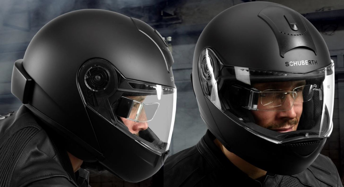 New DigiLens Waveguide Displays for Motorcycle Helmets Are Thinner, Lighter & Cheaper